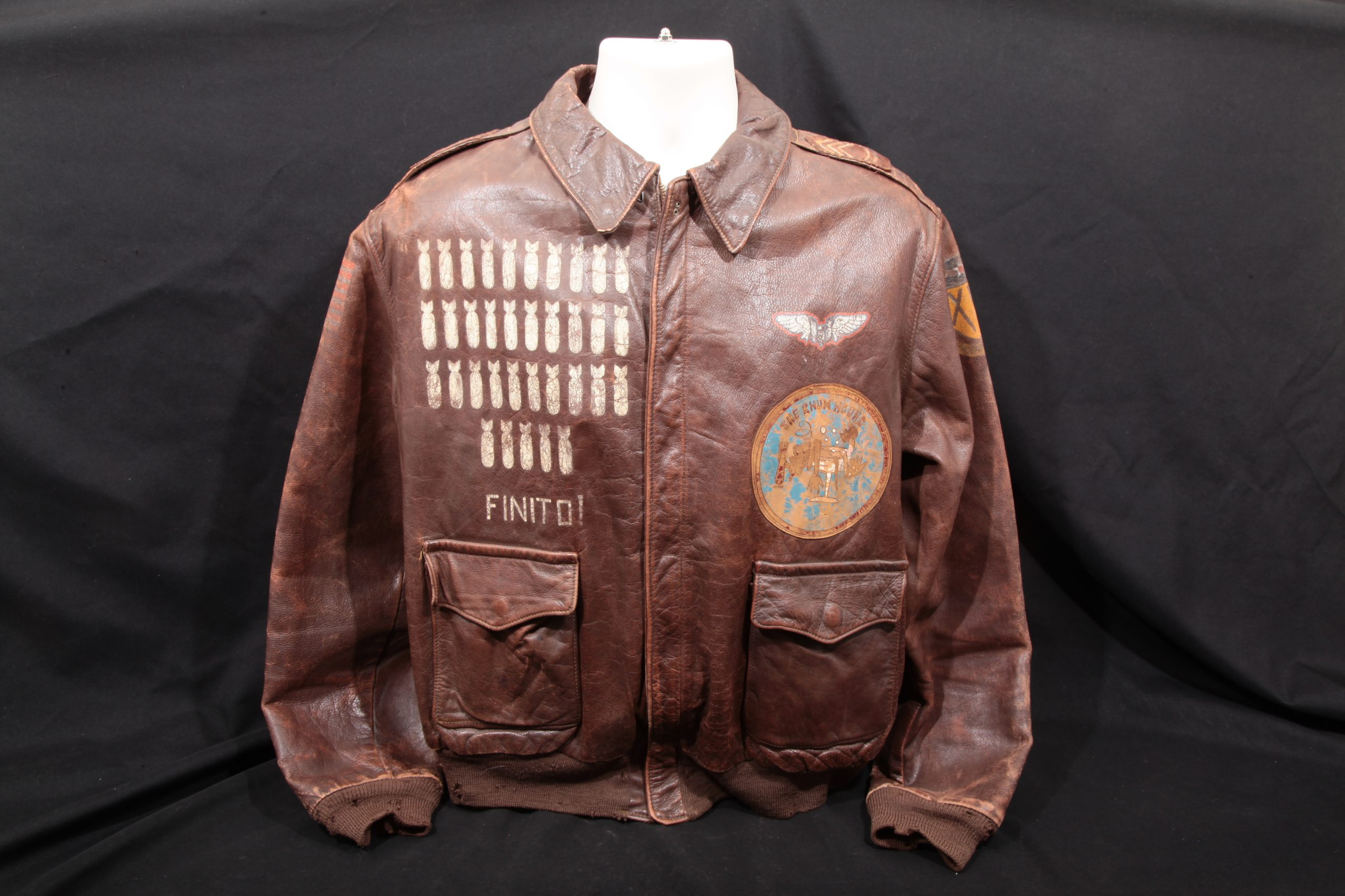Samuel Linder – WWII A-2 Painted Leather Flight Jacket 483rd BG, 840th Squadron – Rhum Hounds
