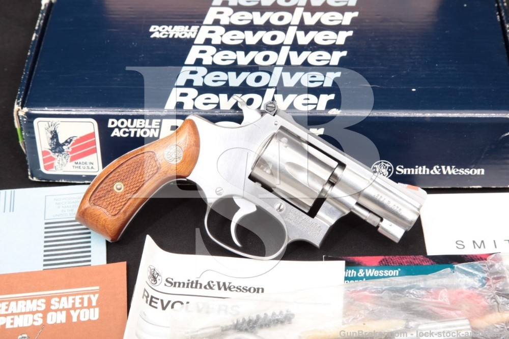 Smith & Wesson S&W 63-3 104000 2″ Round Butt .22 LR Revolver & Box MFD 1992