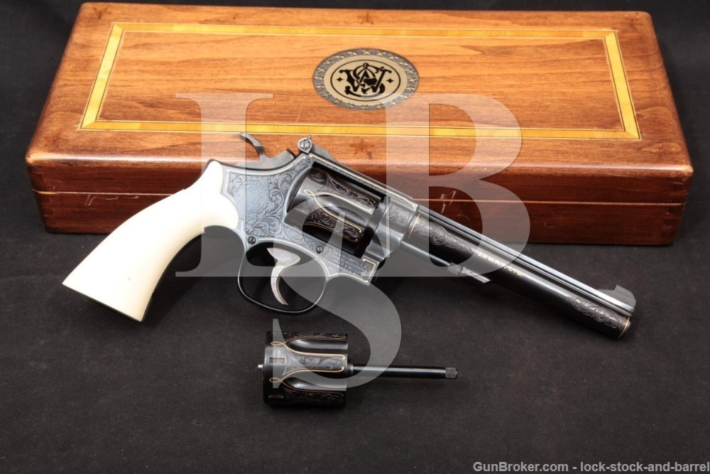 Angelo Bee Engraved Smith & Wesson S&W 48-4 .22 LR & Magnum Revolver, 1981