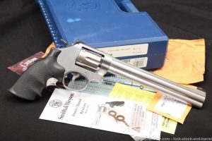Smith & Wesson S&W Model 647 160585 .17 HMR Double Action Revolver MFD 2003