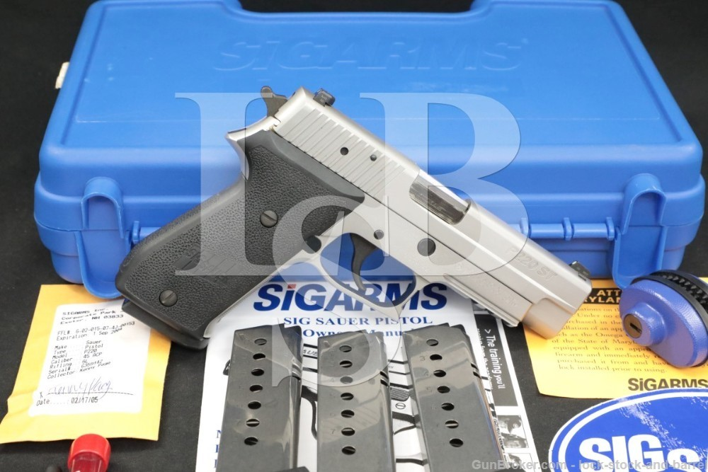 Sig Sauer P220ST 220C-45-SSS .45 ACP Stainless DA/SA Semi-Auto Pistol, 2005