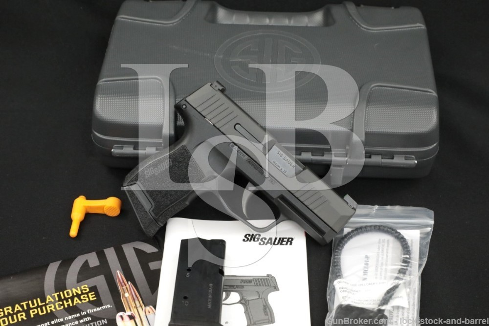 SIG Sauer P365 P-365 P 365 9x19mm 9mm Parabellum Semiauto Pistol with Case
