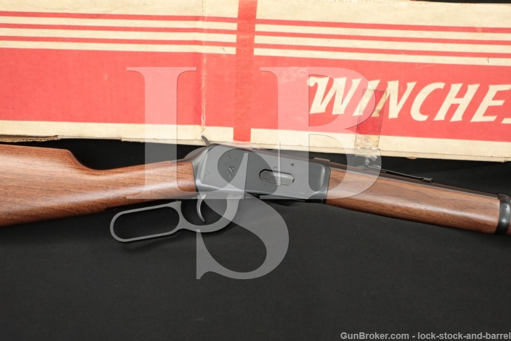 """Winchester 1894 94 Carbine 20"""" .30-30 WCF Lever Action Rifle & Box, 1981"""