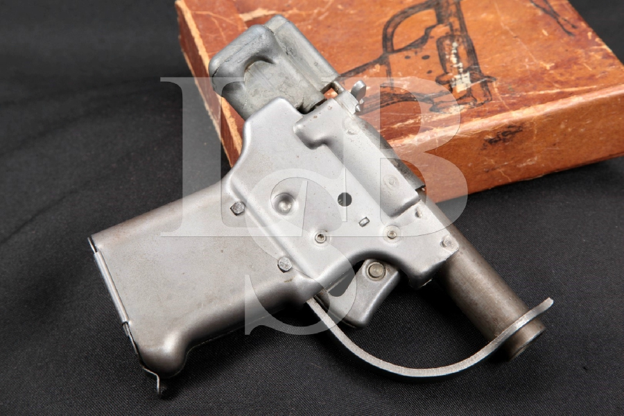 Original General Motors Guide Lamp Division, Model FP-45 Liberator, Stamped Metal 4 WWII Single Shot Pistol & Original Box, 1943-1944