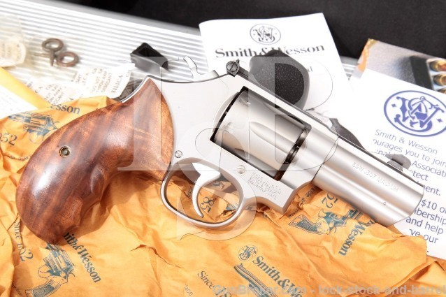 Smith & Wesson Performance Center 66-6 F Comp Stainless 3″ Ported .357 Magnum Revolver & Case