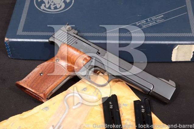 """Smith & Wesson S&W 41 No Dash 5 1/2"""" Heavy Barrel Blue Semi-Auto Rimfire Pistol & Box, 1979-1980 .22"""