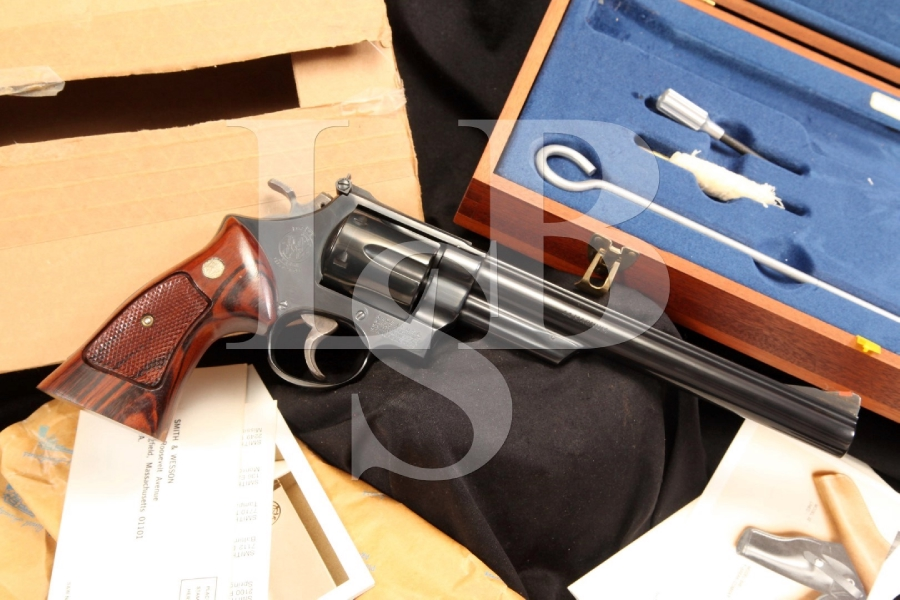 Smith & Wesson S&W Model 29-2 .44 Magnum Double Action Revolver & Case