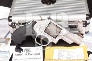 """Smith & Wesson S&W Model 386Sc .357 Mountain Lite 3 1/8"""" 7-Shot DA Revolver, MFD 2006"""