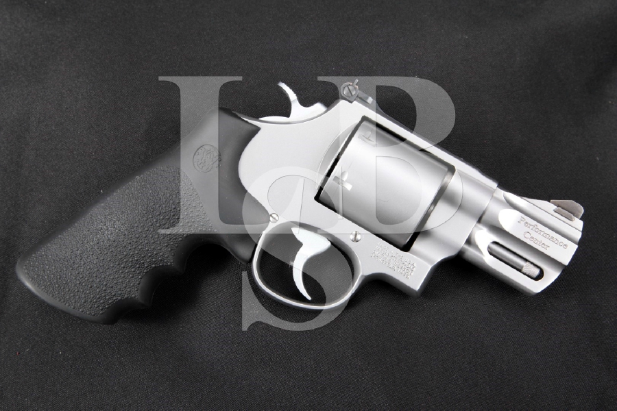 "Smith & Wesson S&W Model 629-6 Performance Center Unfluted Cylinder, Matte Stainless Steel 2 5/8"" 6-Shot, Double Action Revolver, MFD 2013"